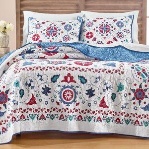Martha Stewart Collection Vintage Folklore Quilt